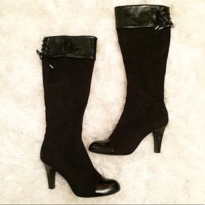 🖤 Black patent leather & suede boots 🖤